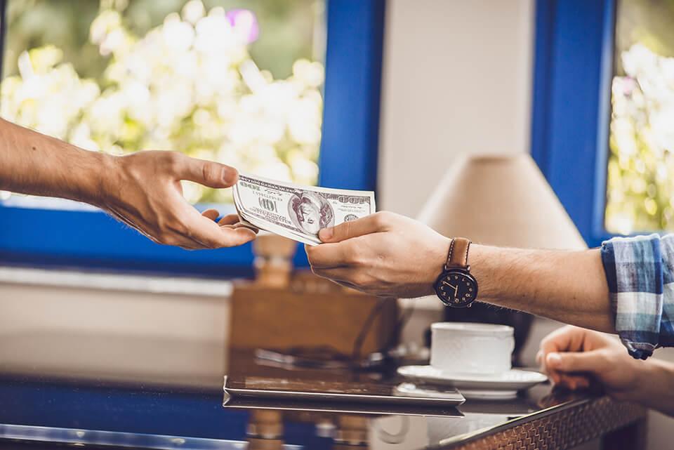 Earn some money by selling unnecessary belongings